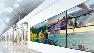 High-speed Wireless Solutions for Slim Type Remote Displays and Mobility Applications