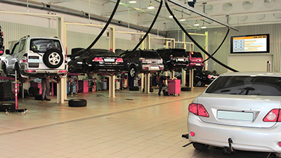 Enhancing Maintenance Flow Process and Customer Engagement in  Auto Maintenance Centers